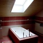 Дизайн ванной комнаты в мансарде