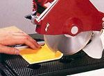 Электрический плиткорез. Как резать плитку электрическим плиткорезом
