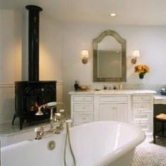 Дизайн ванной комнаты с камином