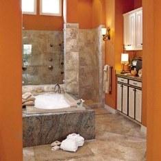 Апельсиновая ванная комната для любителей натурального камня