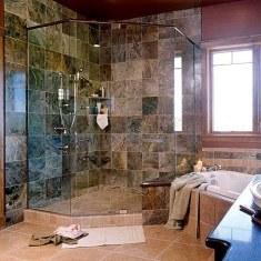 Интерьер ванной комнаты для любителей камня