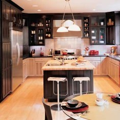 Kitchen design. Using contrast