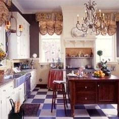 Дизайн кухни с кучей мелочей
