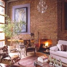 Гостиная с дровяным камином