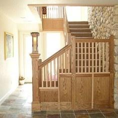 О деревянной лестнице в каменном доме