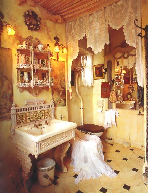 Дизайн театральной ванной комнаты.