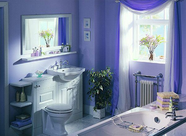 Дизайн маленькой ванной комнаты в синих цветах