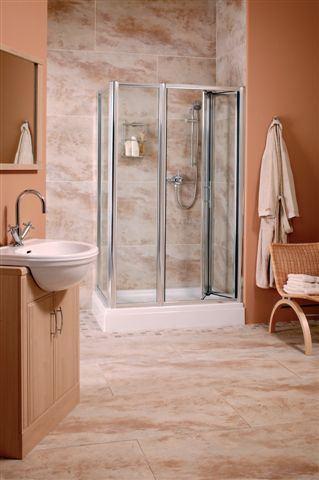 Розовато- бежевая ванная