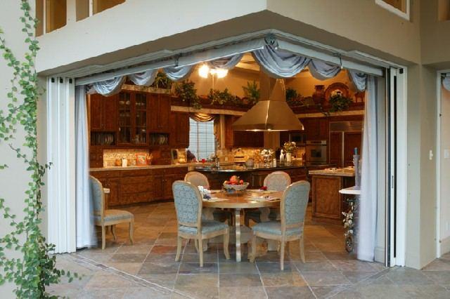 Дизайн кухни с выходом на веранду