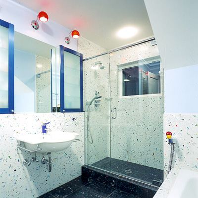 Ванная комната с минимумом удобств