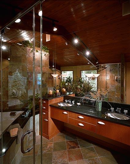 Дизайн ванной комнаты с многоуровневым потолком