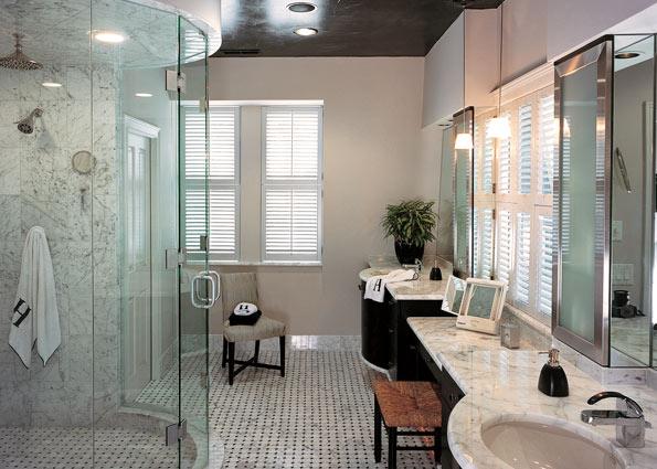 Стекло и свет. Дизайн ванной комнаты