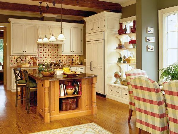 Дизайн кухни-столовой с островной зоной