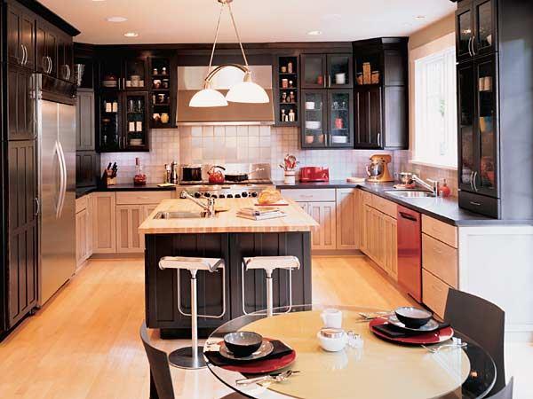 Kitchen design. Using contrast