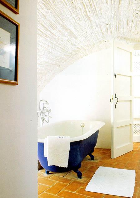 Ванная с кривым потолком