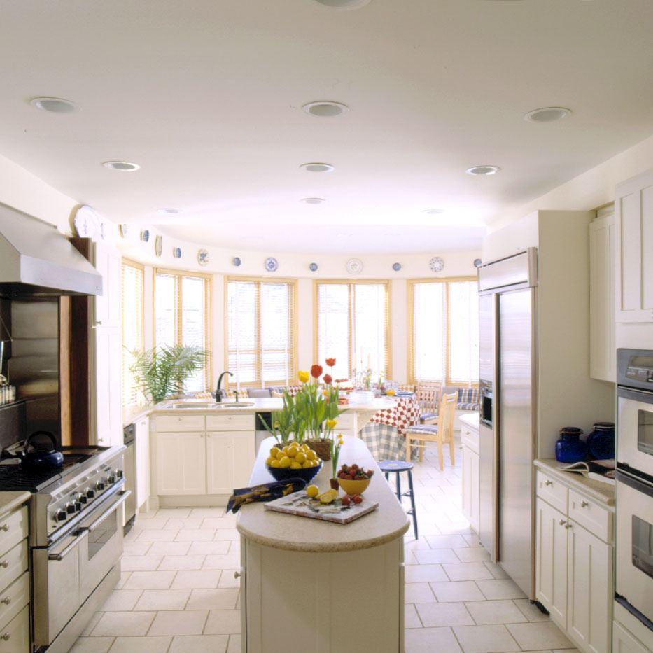 Дизайн совмещенной кухни и столовой