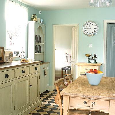 Милый дизайн небольшой кухни