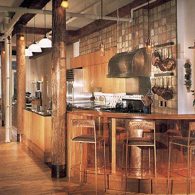 Дизайн кухни огромных размеров