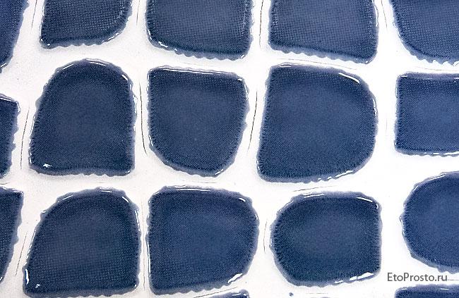 Трещины на поверхности плитки